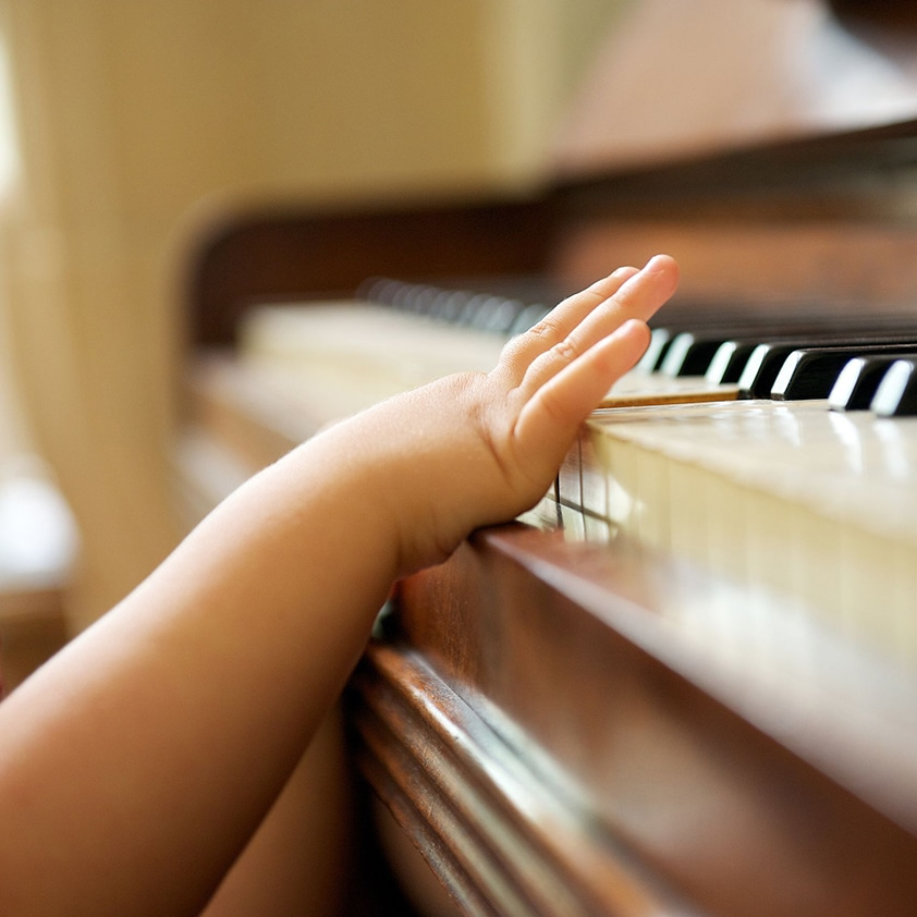 e5ba6dbe0ba 3 Pieces of Advice on Buying Your Child s First Piano - Roland ...