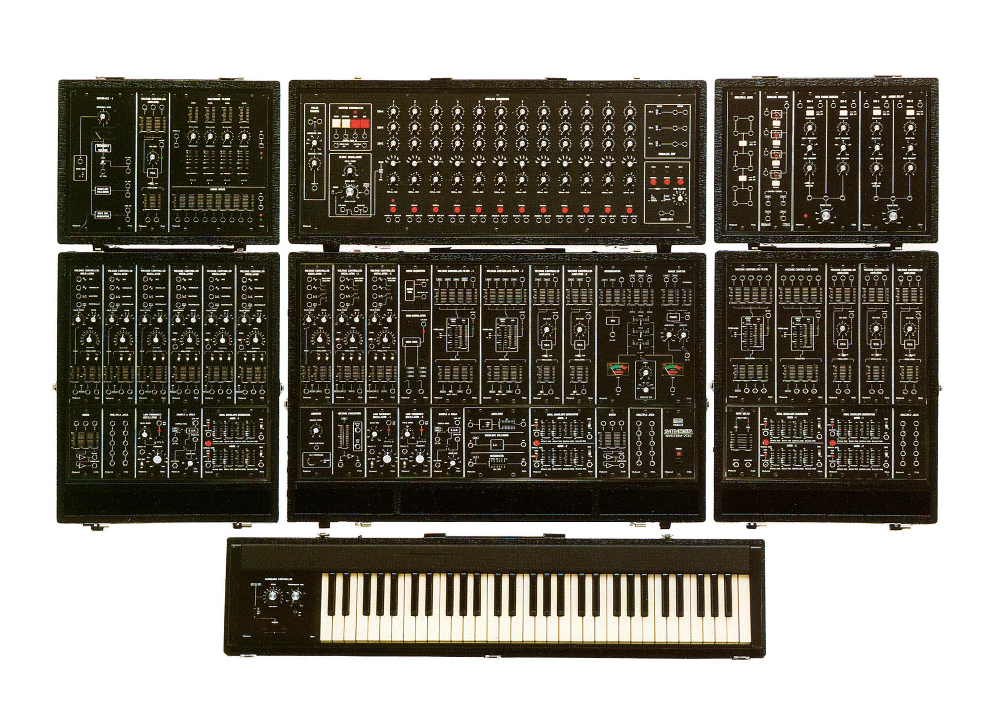 roland aira modular synthesizer system-700