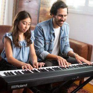 The Best Digital Pianos Under $1000